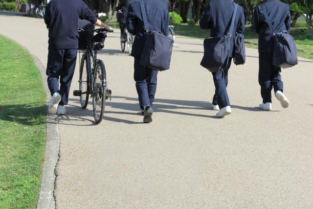 エール山科校でも、中学生・高校生が受講できるようになりました。